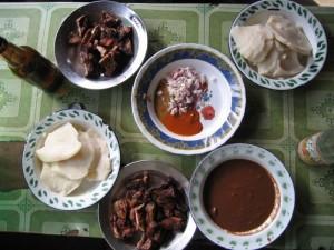 Porto-Novo : akassa, kpété et porc grillé